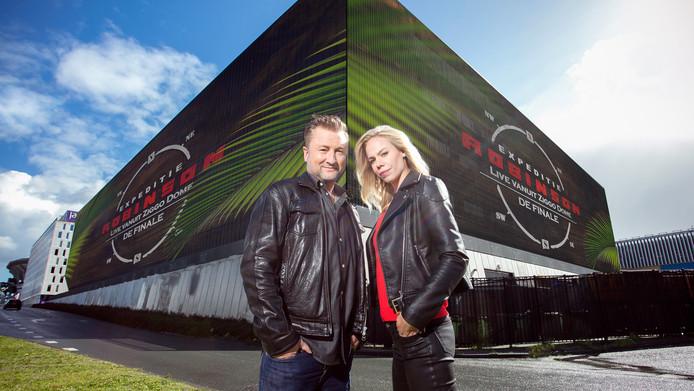 Expeditie Robinson-presentatoren Dennis Weening en Nicolette Kluijver voor de Ziggo Dome