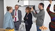 "RTBF-ploeg volgt Willy Naessens: ""Bij ons kent niemand hem"""