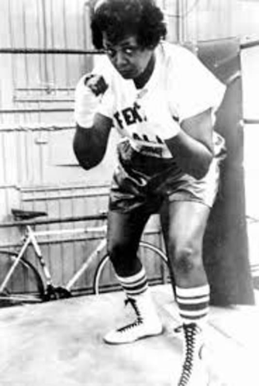 The female Ali, Jackie Tonawanda