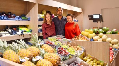 """In volle coronacrisis opent Jurgen groente- en fruitwinkel Tutti Fruity: """"Maand langer moeten wachten"""""""