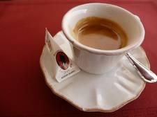 Ik kies ervoor om wild te leven en bestel de filterkoffie