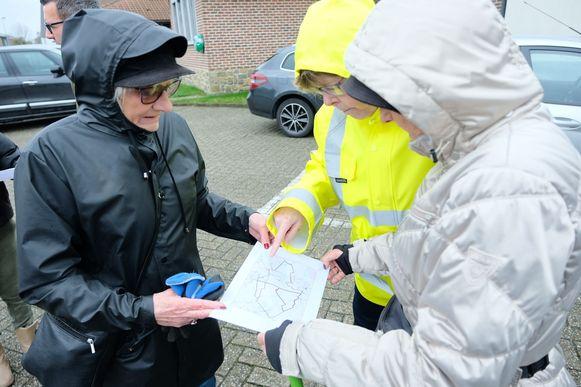 Voor aanvang kregen de deelnemers een kaartje met de routes die bewandeld moesten worden.