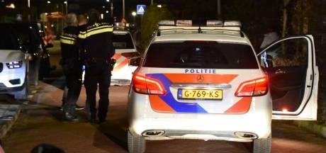 Overval op supermarkt Hoogvliet in Boskoop, politie houdt twee personen aan in Waddinxveen