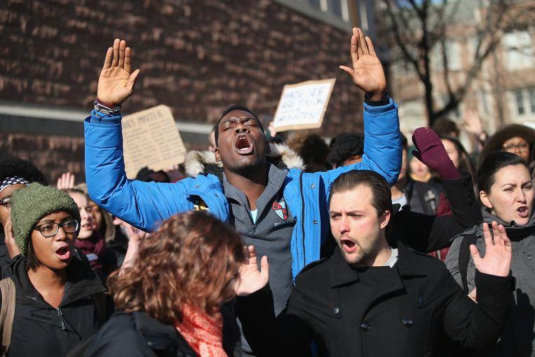Demonstranten tegen politiegeweld bij de universiteit in Washington. Beeld afp