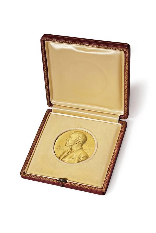 Watsons medaille werd in 2014 geveild in veilinghuis Crhistie's.