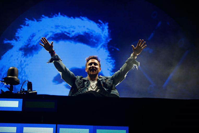 DJ Guetta aan het werk.