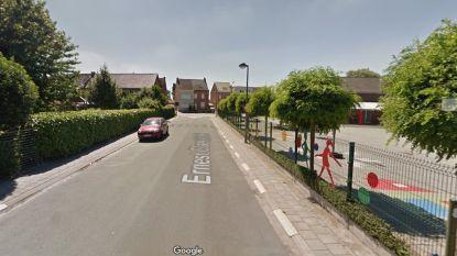 Nieuwe voetpaden in Ernest Claesstraat