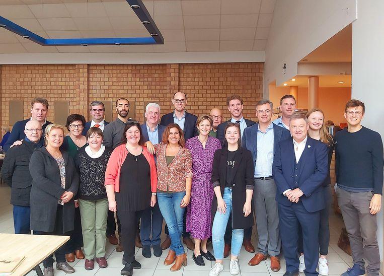 De Sint-Niklase partijafdeling verwelkomt de zeven kandidaat-voorzitters van CD&V.