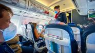 Een bubbel van 5, maar een vlucht met 200 personen mag nog steeds: hoe groot is het risico in een vliegtuig?