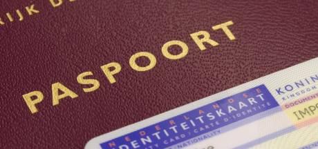 Bredase Leonne heeft als eerste een 'X' in het paspoort