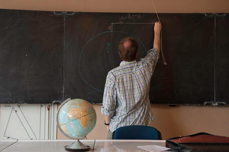 Onderwijsminister Ben Weyts wil leerkrachten versneld vast benoemen.