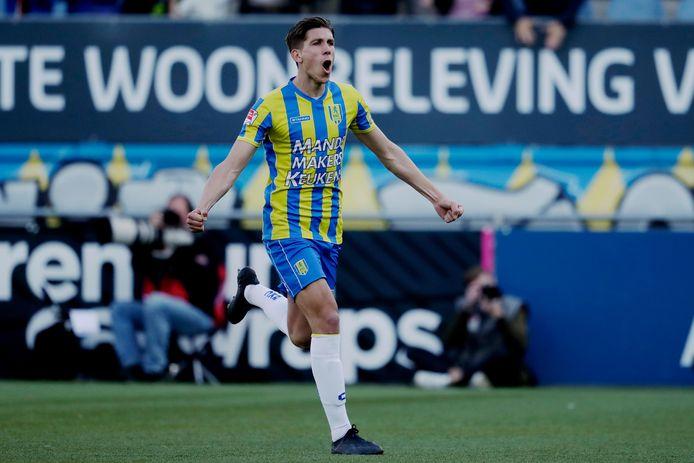 Met Stijn Spierings scoorde er een niet-verdediger voor RKC Waalwijk.