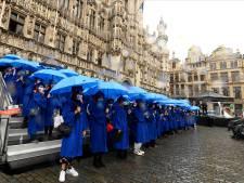 Les étudiants de la promo 2020 reçoivent leur diplôme sur la Grand-Place