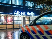 Albert Heijn in Vlaardingen ontruimd na bommelding: één verdachte aangehouden; geen explosief gevonden