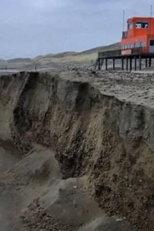 Strand bij Callantsoog weggeslagen door weer en wind