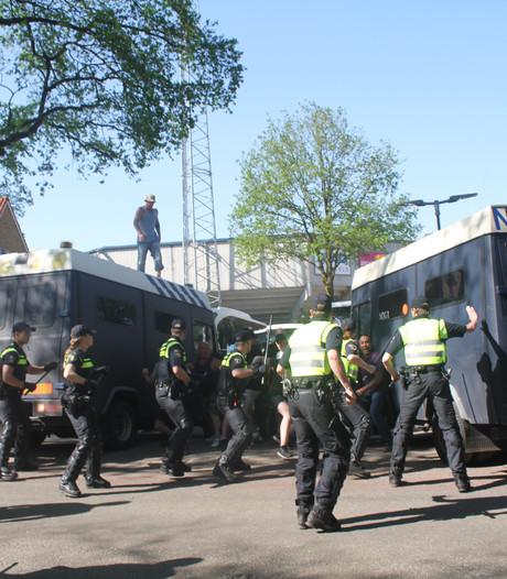 Taakstraffen voor relschoppers van De Graafschap en Ajax