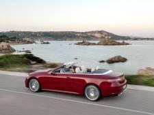 Slimme stuurwielen en stoelen: hoe de vernieuwde  Mercedes E-klasse steeds bijdehanter wordt