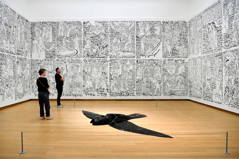 Kunst in het heropende Stedelijk Museum.  Beeld REUTERS
