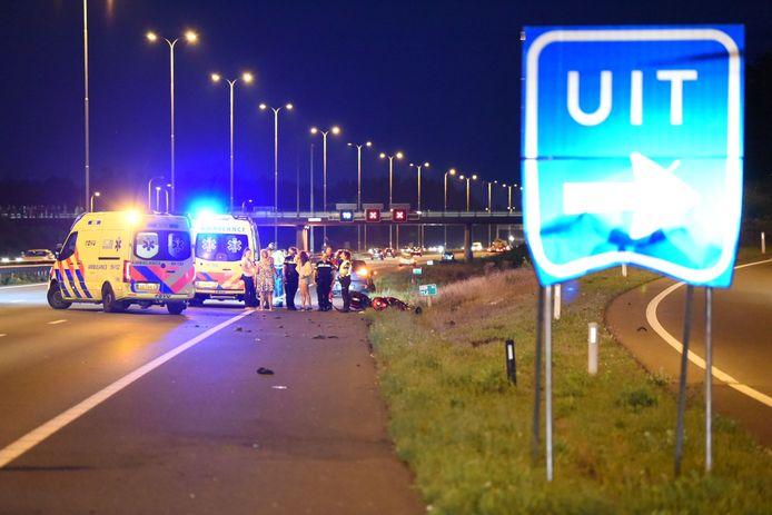 De A28 richting Amersfoort werd volledig afgesloten