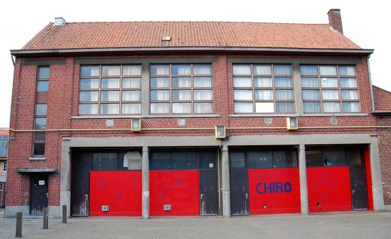 Is het voormalige schoolgebouw waar de chiro zit nog wel brandveilig?