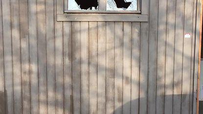 Chiro heeft haast geen intacte ramen meer