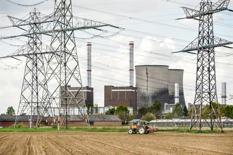 De Clauscentrale in Maasbracht is van plan om te gaan leveren aan het Belgische stroomnet en de connectie met het Nederlandse net door te knippen. Beeld HH