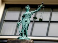 Veenendaler ontvoerd en gedwongen duizenden euro's  over te maken