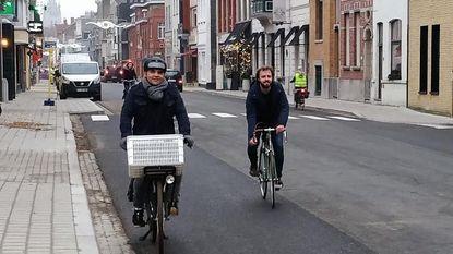 Doorniksewijk krijgt fietssuggestiestroken