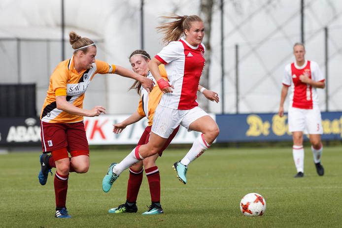 Achilles'29 vorig seizoen in actie tegen Ajax.