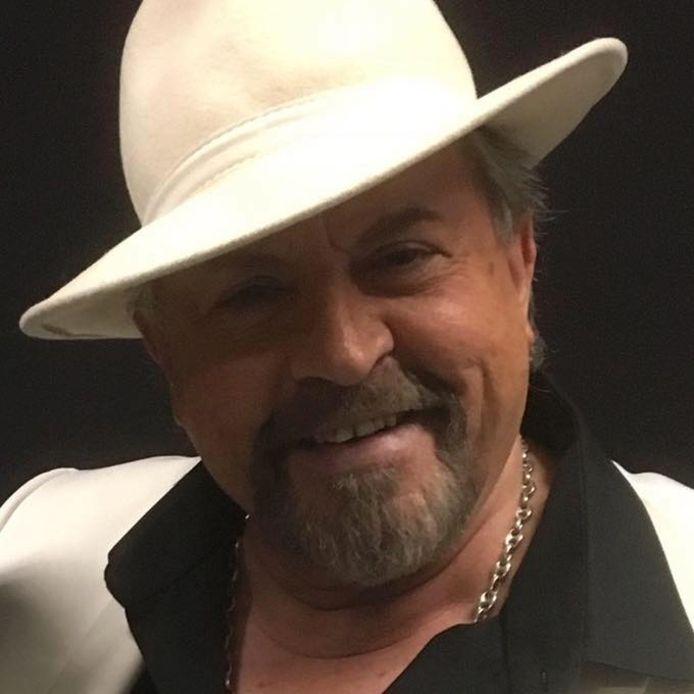Eric Morena est décédé d'un cancer ce 16 novembre, annonce son entourage. Il avait 68 ans