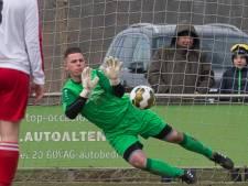 Penaltykiller Van Biesen stopt weer een strafschop tegen Be-Ready