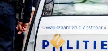 Veertig automobilisten bekeurd op Almweg in Almkerk