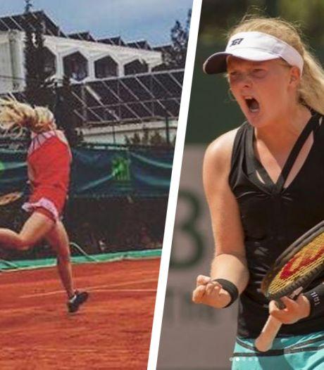 Née avec quatre doigts à chaque main, elle épate la planète tennis