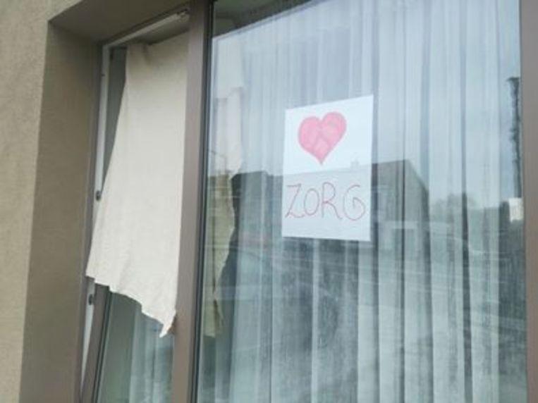 Hang een laken uit je raam: ook in Ronse werd meegedaan.