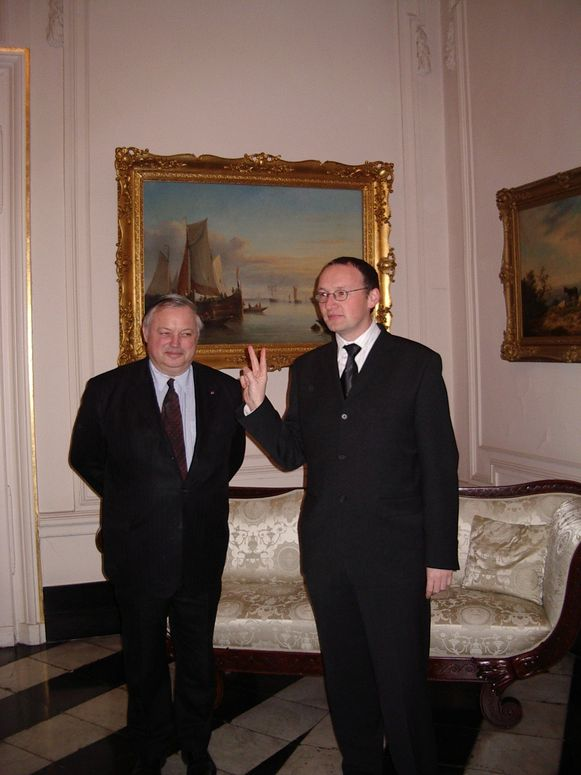 Jan Seynhaeve legt zijn eed af in 2004