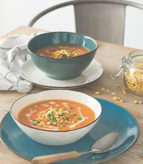 Wat Eten We Vandaag: Rode linzensoep met gepofte rijst