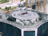 F1-coureur scheurt rond op ruim 200 meter hoog dak