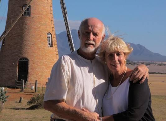 Pleun en Hennie Hitzert emigreerden met hun drie dochters in 1980 naar Amelup in Australië.
