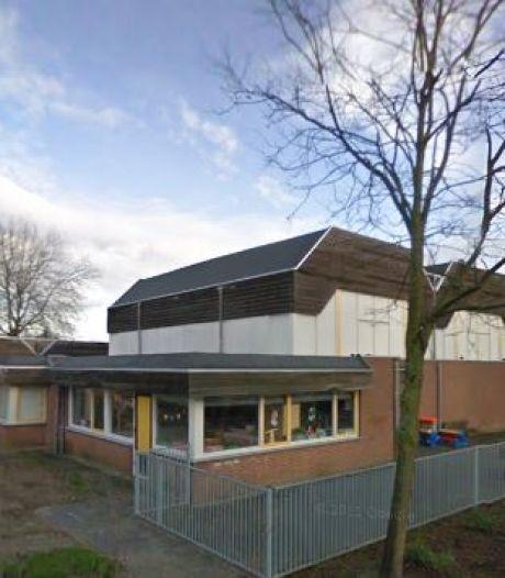 Brede school Almkerk naar 't Verlaat of d'Uylenborch