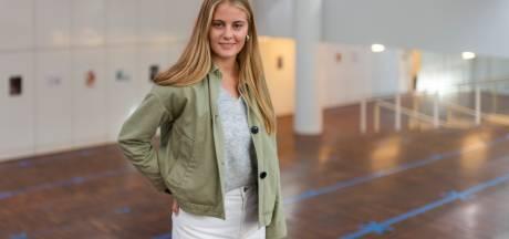 """""""Probeer maar eens nieuwe mensen te leren kennen als er vijf stoelen tussen zitten"""": Marion (18) startte vandaag haar studie aan de UAntwerpen"""