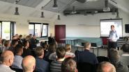Ondernemers netwerken en brainstormen tijdens kick-off middenstandsraad