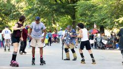 Onze man in New York test de nieuwste corona-hype: rolschaatsen