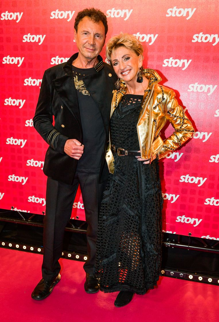 Martine Jonckheere en partner Filip. Martine koos voor een jasje uit de H&M-collectie van Moschino.