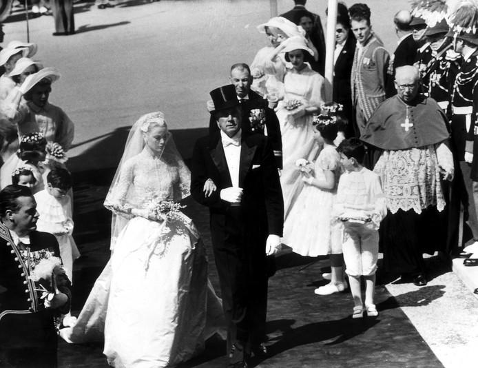 Het huwelijk van Hollywood-ster Grace Kelly en Rainier van Monaco (1956) is misschien wel het meest tot de verbeelding sprekende uit de geschiedenis.