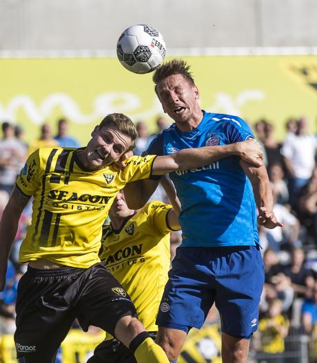 KNVB start onderzoek naar schadelijke gevolgen kopballen