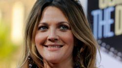 """EgyptAir zegt sorry voor bizar interview met Drew Barrymore: """"Vertaalfout"""""""