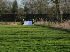 Dode man gevonden in rivier De Dommel in Boxtel, politie zet helikopter in