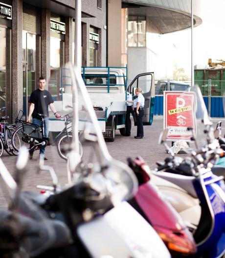 VVD wil snel einde aan 'gestruikel' over fietsen en scooters Vredenburg