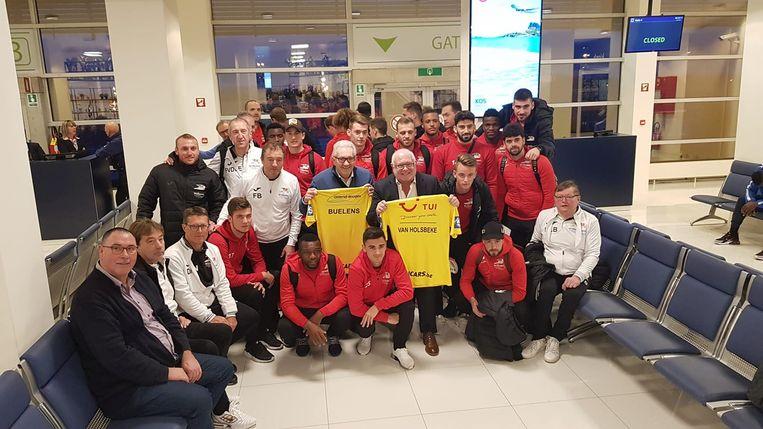 De ploeg van KV Oostende vertrok van op de lokale luchthaven