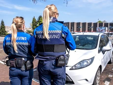 Steenwijkerland laat hinderlijk geparkeerde auto's voortaan wegslepen, en dat kost jou 200 euro